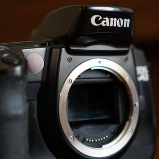 Canon EOS A2 aka EOS 5 Film Camera - Body Only