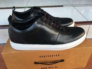 Brodo Origin Black WS Leather