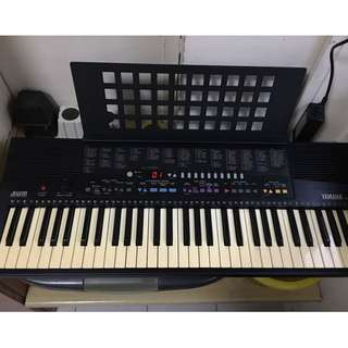 Yamaha organ keyboard