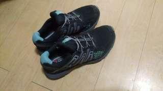 Salomon Ortholite shoes