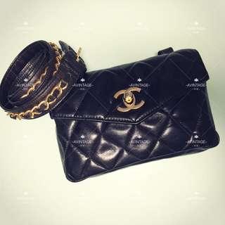 (SOLD)Chanel Vintage 黑色羊皮腰包
