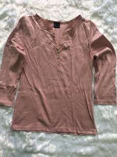 3/4 V NECK SHIRT WITH BUTTONS