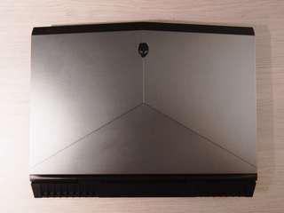 Alienware 17 R4 FHD (1070 GTX) ,32gb