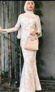 zalia dress size M