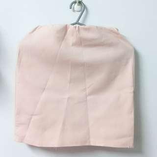 🚚 粉紅款修身包裙