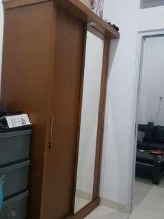 Jual lemari pakaian pintu slide kayu solid