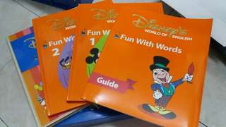 迪士尼美語世界 Fun With Words (Disney World of English, DWE)