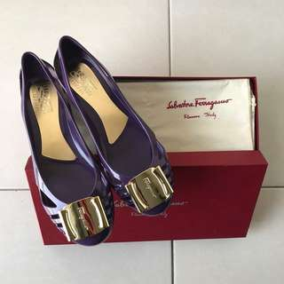 100% Authentic and Brand New Salvatore Ferragamo Bermuda Flats