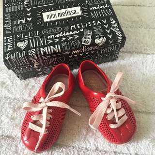 🚚 BN Mini Melissa Toddler Girl Mini Love System Sneakers Red/Pink US Size 6