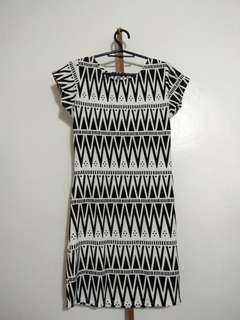 Printed Dress Black and White