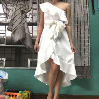 Assymetric one sided dress white