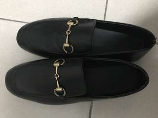 🚚 金屬釦樂福鞋