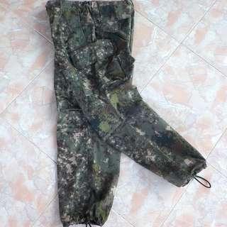 Celana Panjang Army Cargo Camo