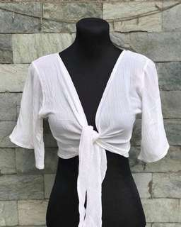 WHITE TIE KNOT TOP