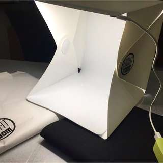[Sales] Brand New Portable LED Photography Box with Backdrops Lightroom studio tent food amulet figurine cookies