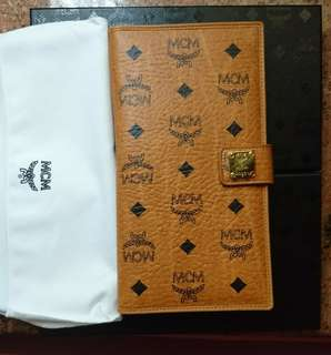[new]MCM Wallet/passport holder in Visetos Original