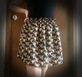 Cute Skirt (available in 2 color&design)