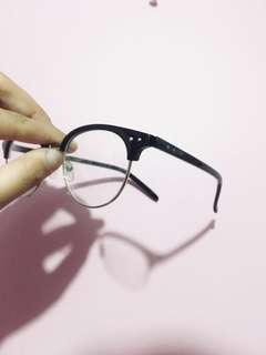 Brow line Eye Glasses