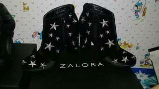Stars embroidery heel boots