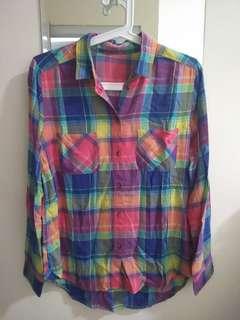 American Eagle Colorful shirt