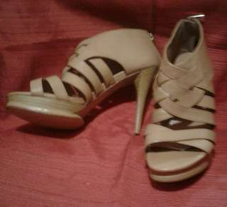 Charles & Keith Sandals S6