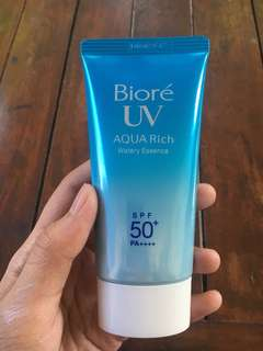 Biore UV Aqua Rich Watery Essence Spf 50