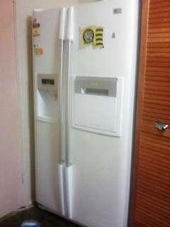 2 Door LG Fridge/Freezer