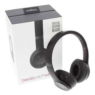 BNIB Beats Solo 3 Wireless matte black