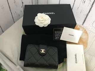 🚚 Jerry媽媽-Chanel 風琴卡夾包。22開羊皮