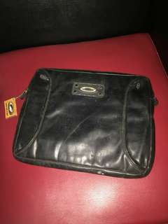 Tas laptop Oakley original