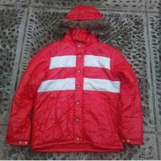jaket outdoor virgin voyage