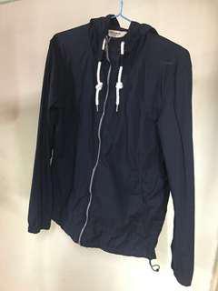 Pull and bear jacket 深藍色