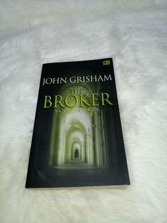 Novel THE BROKER