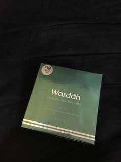 WARDAH Exclusive Two Way Cake (02 Sheer Pink)