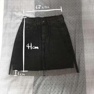 🚚 黑色牛仔短裙