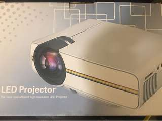 LED projector ( NEW )
