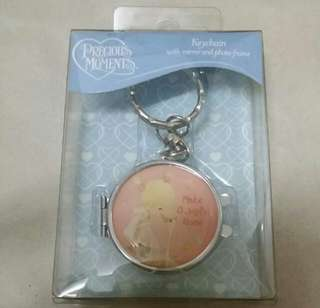 Previous Moments Keychain With Mirror and photo frame