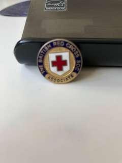 英國紅十字會會員(舊版)襟章