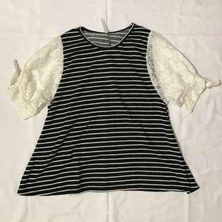 黑白條紋蕾絲公主袖上衣