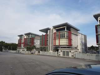 [FOR RENT] 3.5 STOREY FACTORY LOT AT GLENMARIE, SHAH ALAM