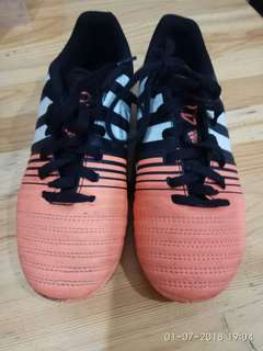 Preloved Futsal Shoes Adidas NitroCharge 4.0 size 33