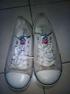Disney resort shoes