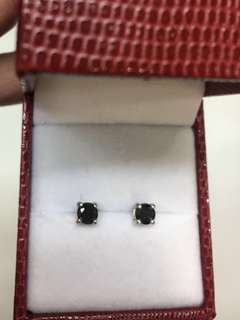 Diamond - Black Diamond Earrings on 925 Silver. 0.36ct each x 2.