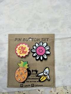 Bn cute pin button set.