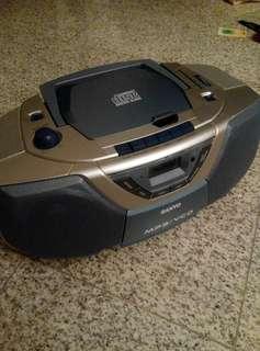 Radio CD player