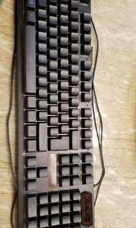 遊戲電競鍵盤(自己出價)