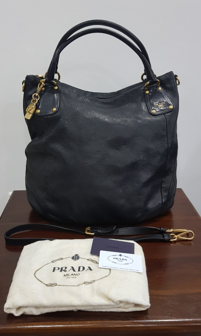 6f41816f11ed Cross shoulder Prada bag - Cervo shine
