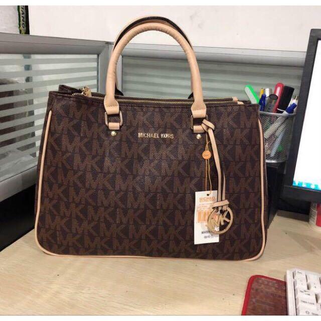 fcc22ed9dafd High Quality Michael Kors Bag