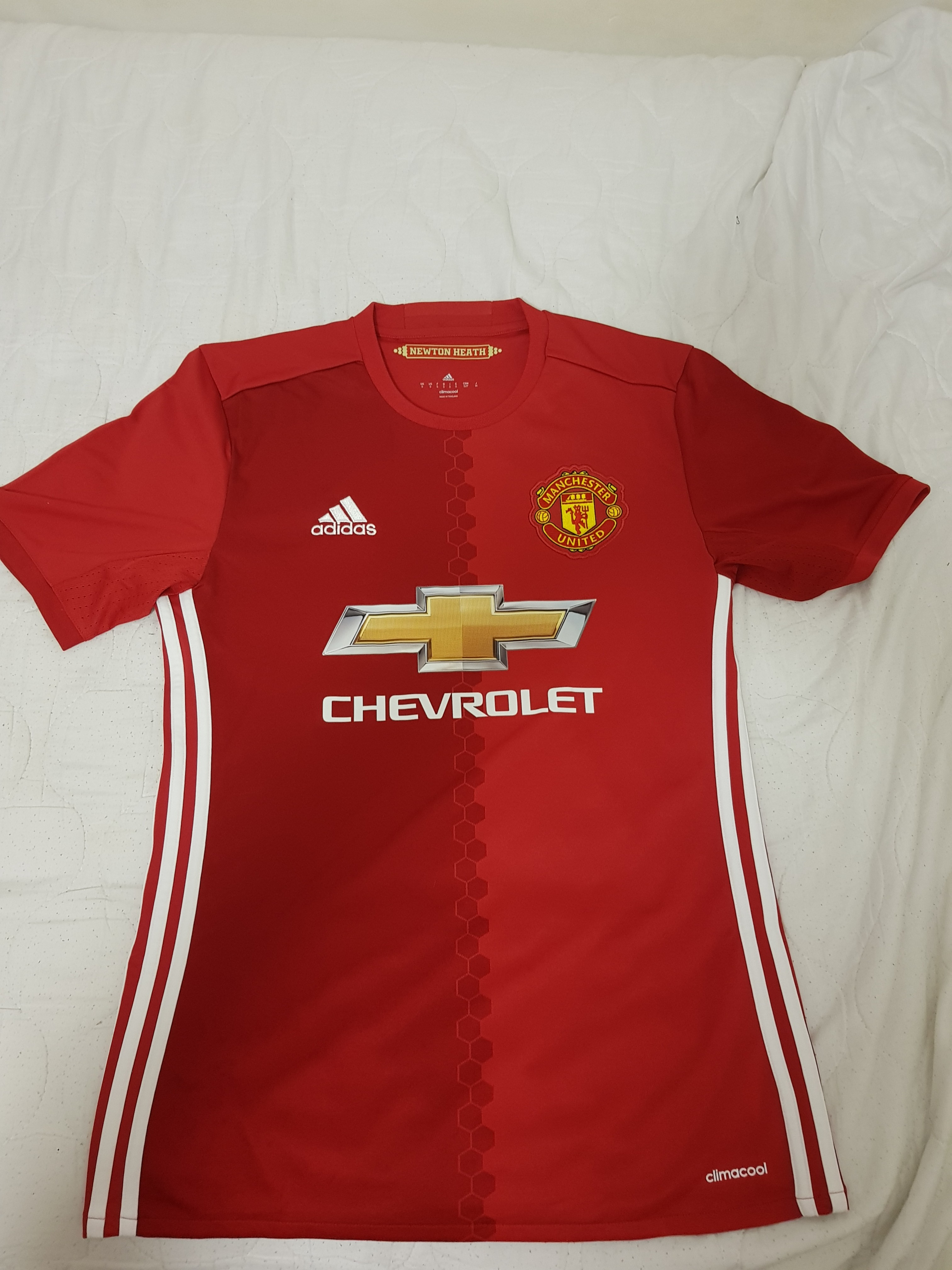 79c1e57b4 Manchester United Authentic Jersey BN Size S