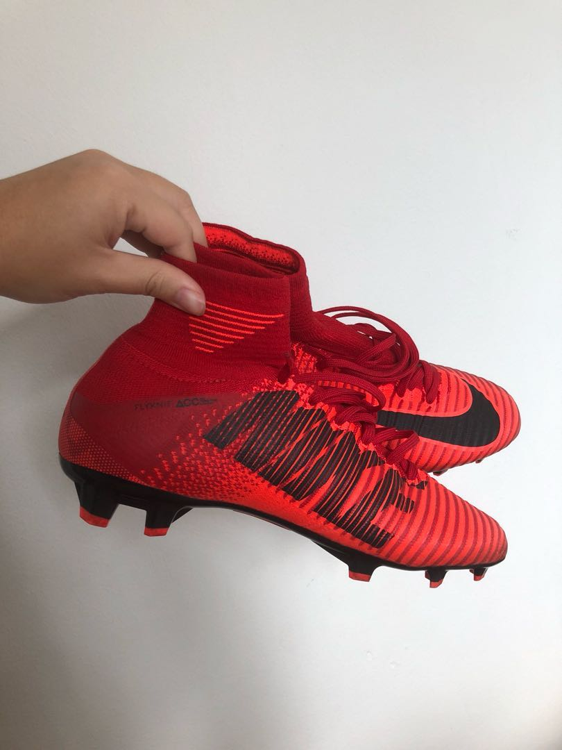 07301e5a7 Nike Mercurial Superfly V fire, Sports, Sports Apparel on Carousell